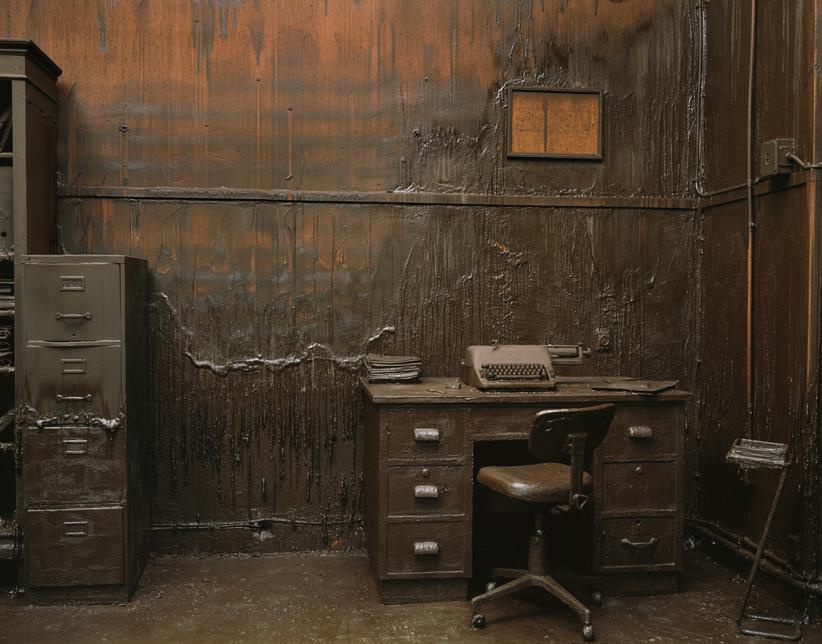 Greta_Alfaro_Rosa_Santos_European Dark Room