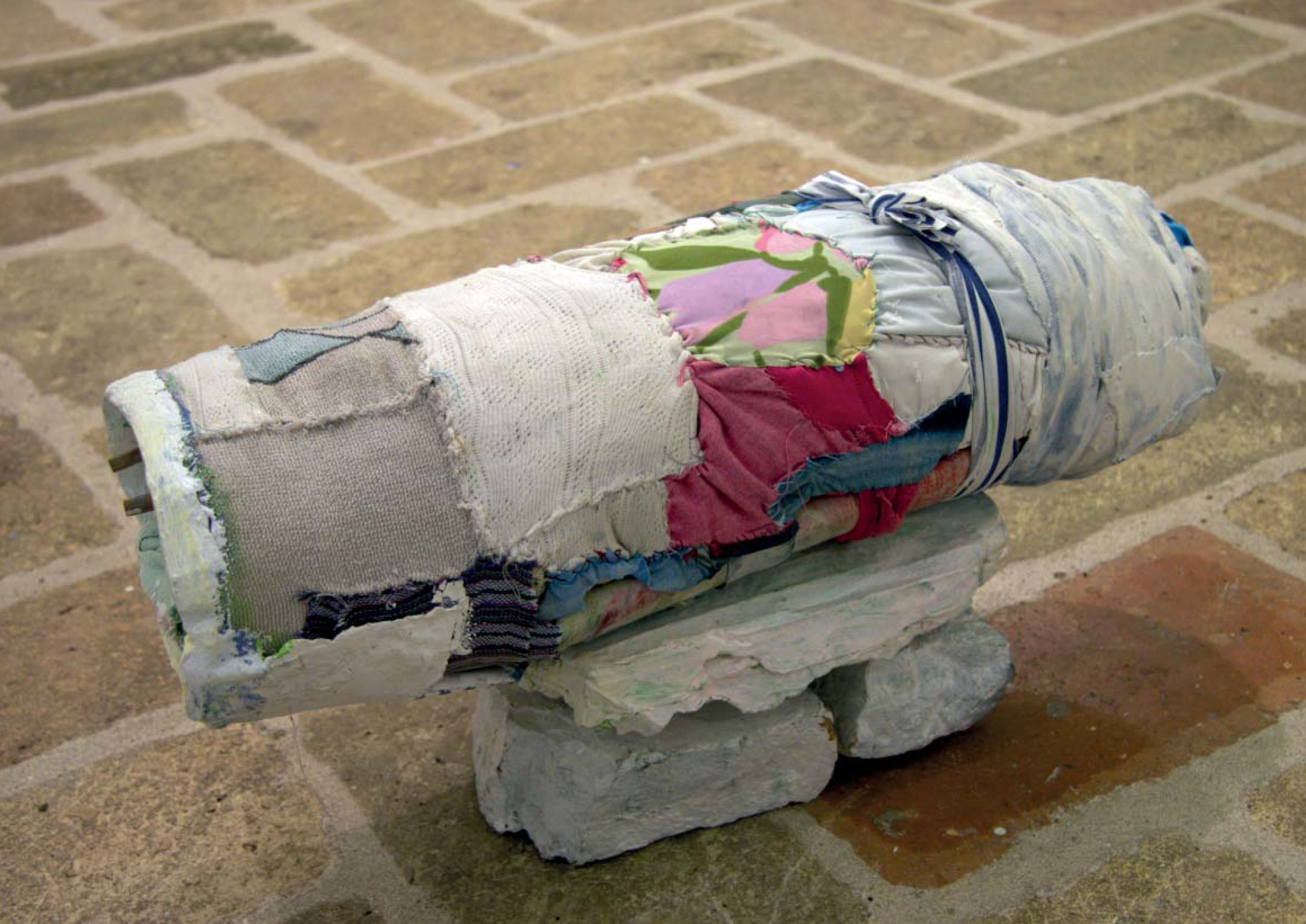 "Elena Aitzkoa. ""Amada"", 2012. Mixed technique. 56x21x28 cm."