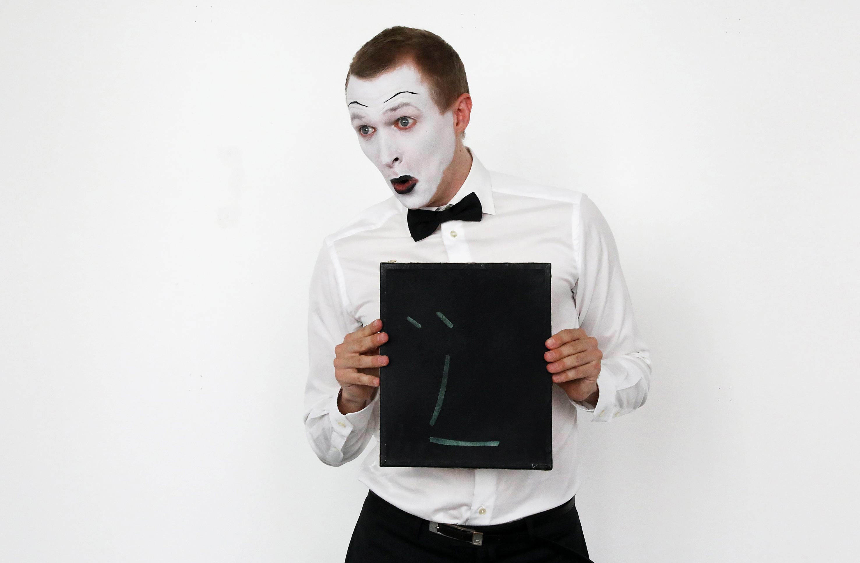 Il conto, 2017 Performance Performer: Oskar Hartmann Photo: Sara Scanderebech
